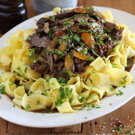 Beef_shin_with_pappardelle_roasted_garlic_and_parsley_recipes_thumbnail