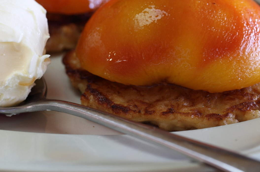 Poached_peaches_with_oat_buttermilk_pancakes_misc_massive