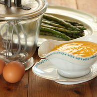 Asparagus_with_verjuice_hollandaise_recipes_thumbnail