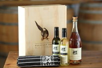 Christmas_hamper_2_2_products_thumbnail