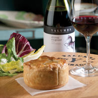 Barossa_chook_pie_yalumba_shiraz_viognier_00481_300_rgb.jpg_recipes_thumbnail